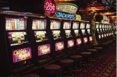 play online slots Earn huge amounts of money